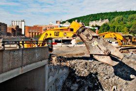 Photo de travaux de construction majeurs en cours
