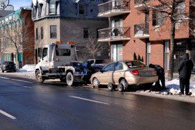 Photo d'un remorquage de véhicule